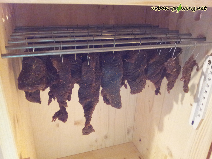 Biltong selbst machen - Beef Jerks selbst herstellen, Beef Jerks Rezept - www.urban-growing.net
