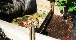 Selbst gebauter Kompostkasten