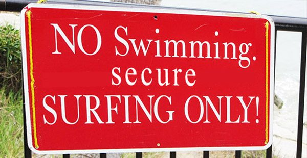 Secure surfing - Photo - Claire Yar - www.urban-growing.net - copyright Volker Truckenmueller